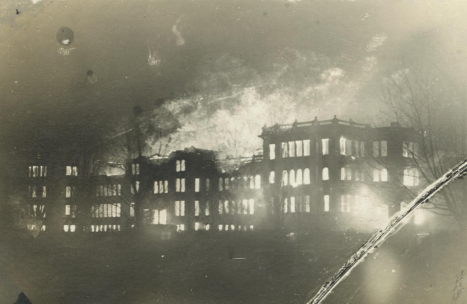 UW-Superior Old Main Fire, March 1914